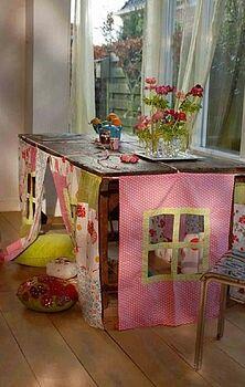 mesa y casa