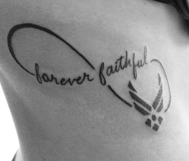 Scheide Tattoo