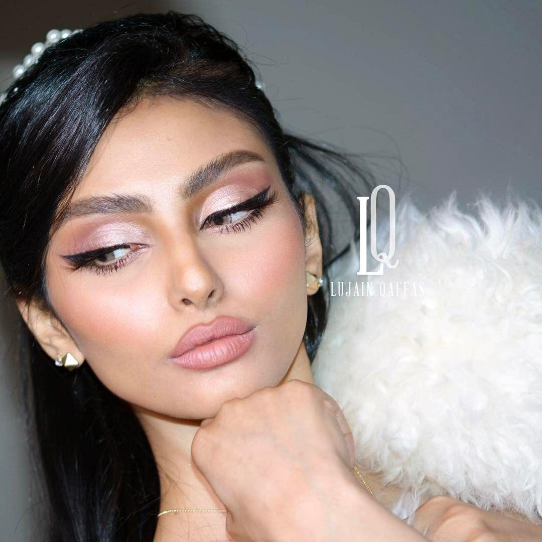 6 414 Likes 676 Comments Lujain Qaffas Makeup Artist Lujainqaffas On Instagram Makeup Eye Makeup Makeup Tutorial