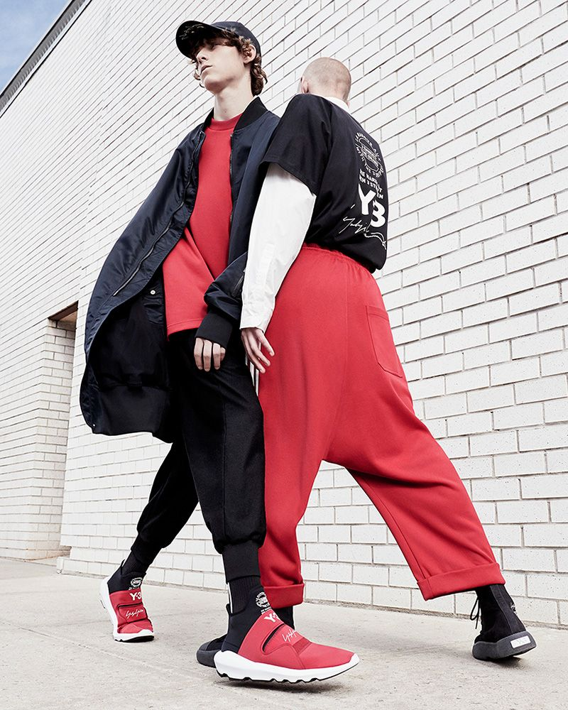 95acd72da7de3 The first chapter of the Spring Summer 2018 campaign was shot on the  streets of New York City  sportswear and fashion intersect as Y-3 reaffirms  sport-style ...