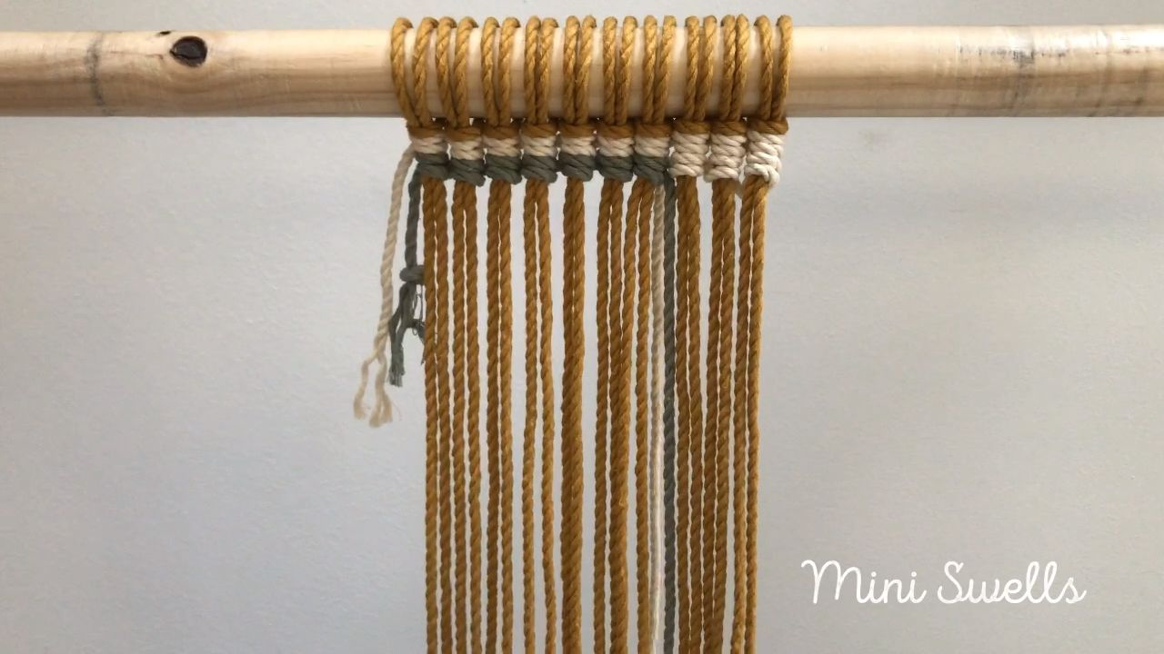 Macramé tutorial - How to add color cords with vertical half hitch knots  #macrame