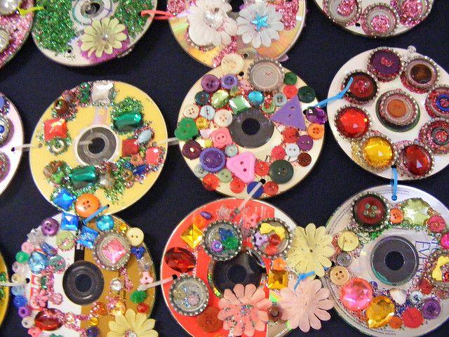 6 Fun & Stylish Sukkah Crafts for Kids | Sukkot ...  |Sukkot Crafts For Teens