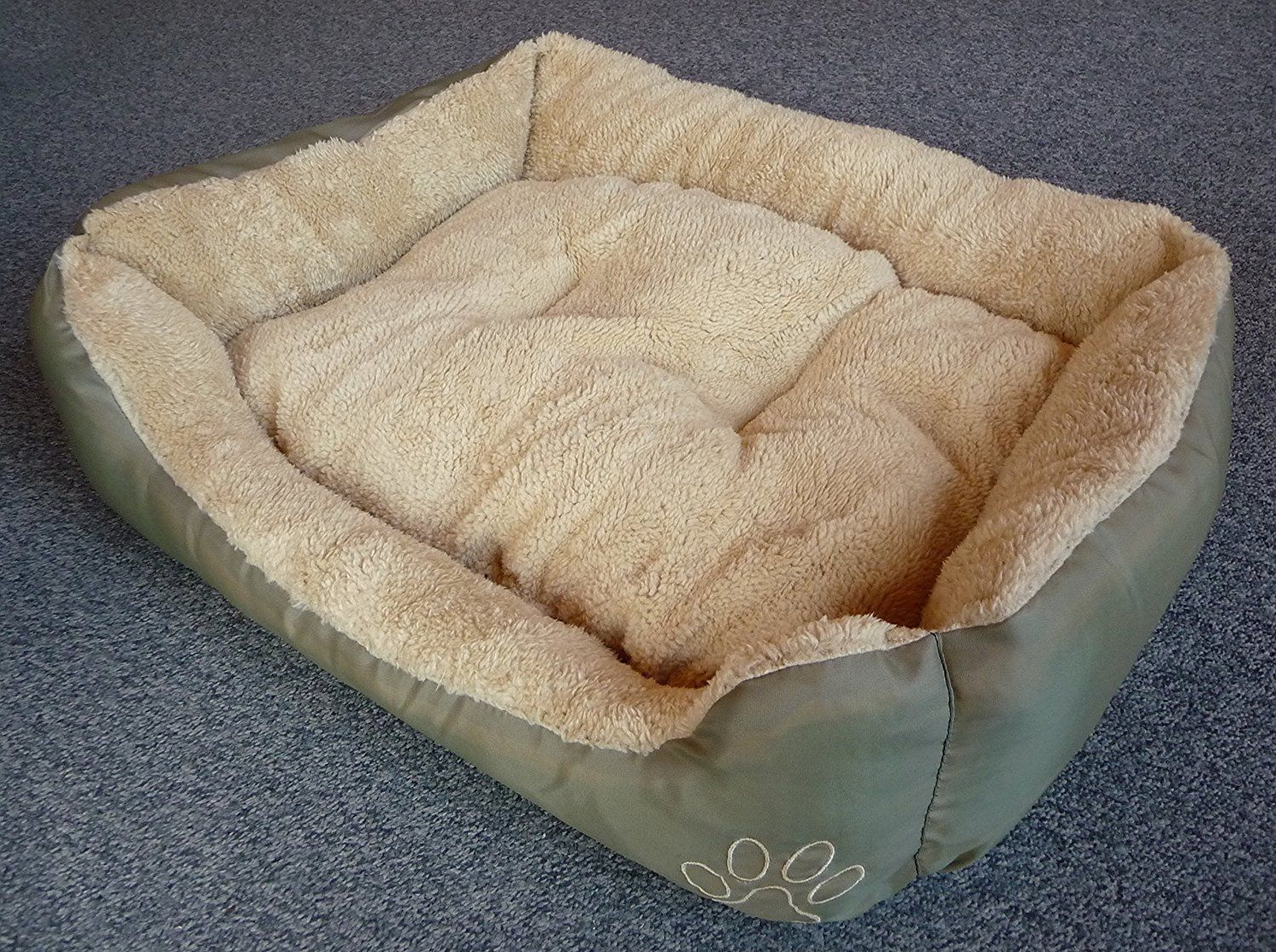Cat or Dog Bed 55 x 45 CM CatBedsandBlankets Dog bed