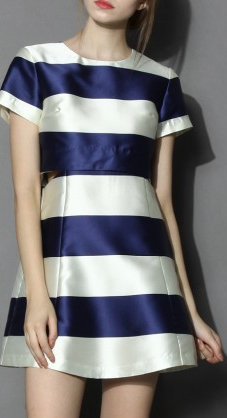 Contrast Stripes Cutout Dress in Blue