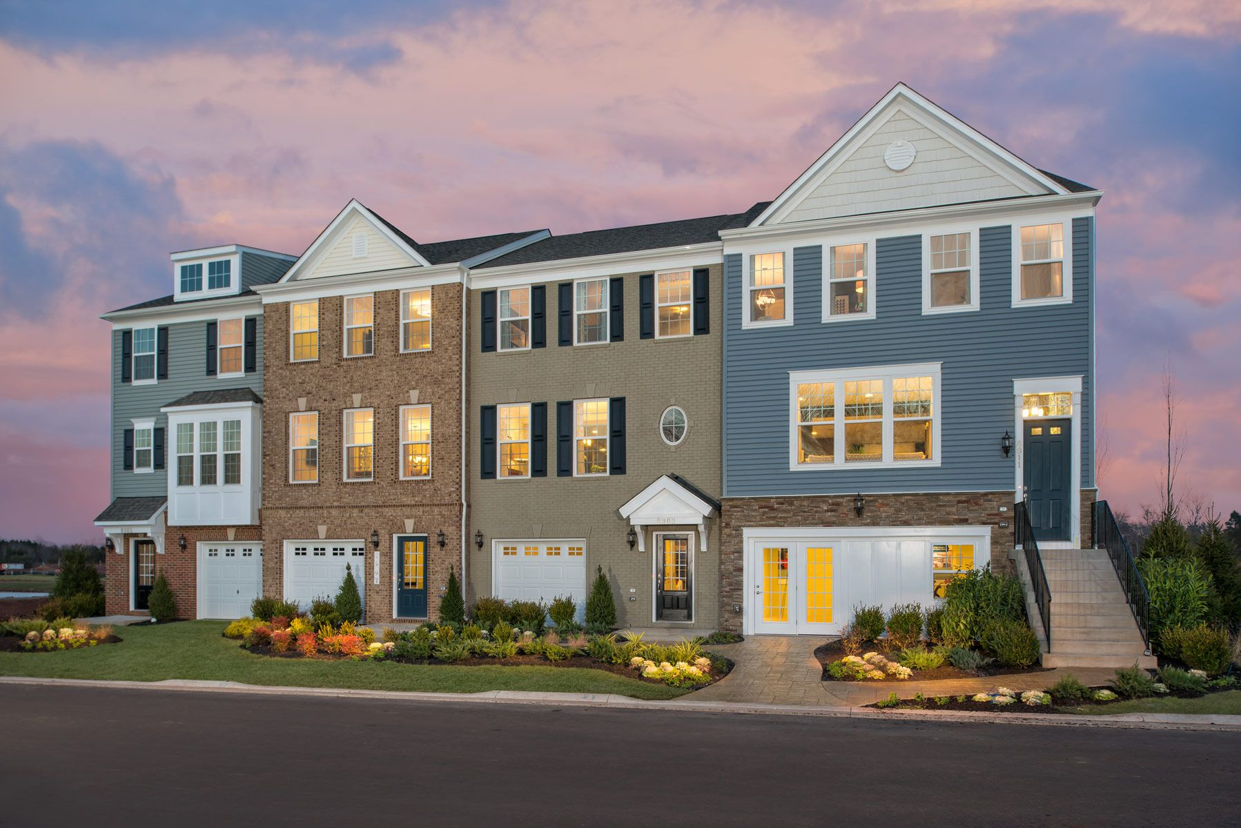 The Exterior Shot At Bradley Square In Manassas Va Exterior Townhomes New Home Builders Townhouse New Homes