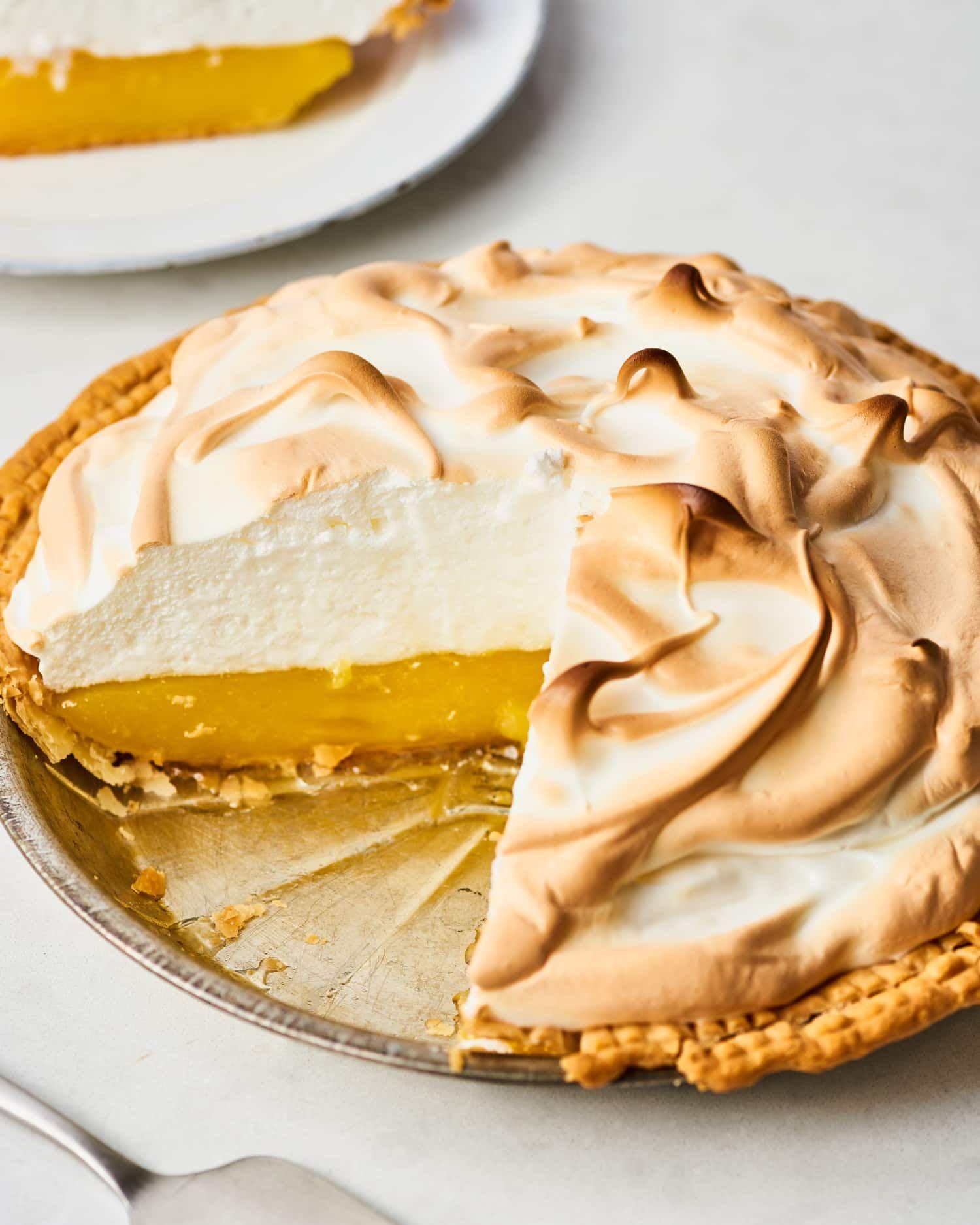 How To Make Lemon Meringue Pie Recipe Meringue Pie Recipes Lemon Meringue Pie Lemon Meringue
