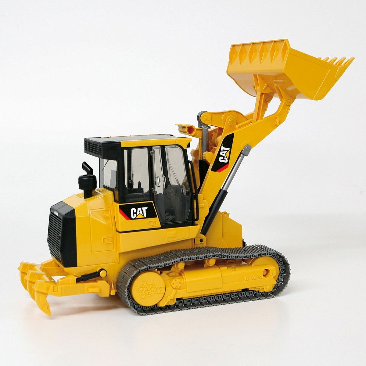 Bruder Toys Caterpillar Wheel Loader New 02442 CAT