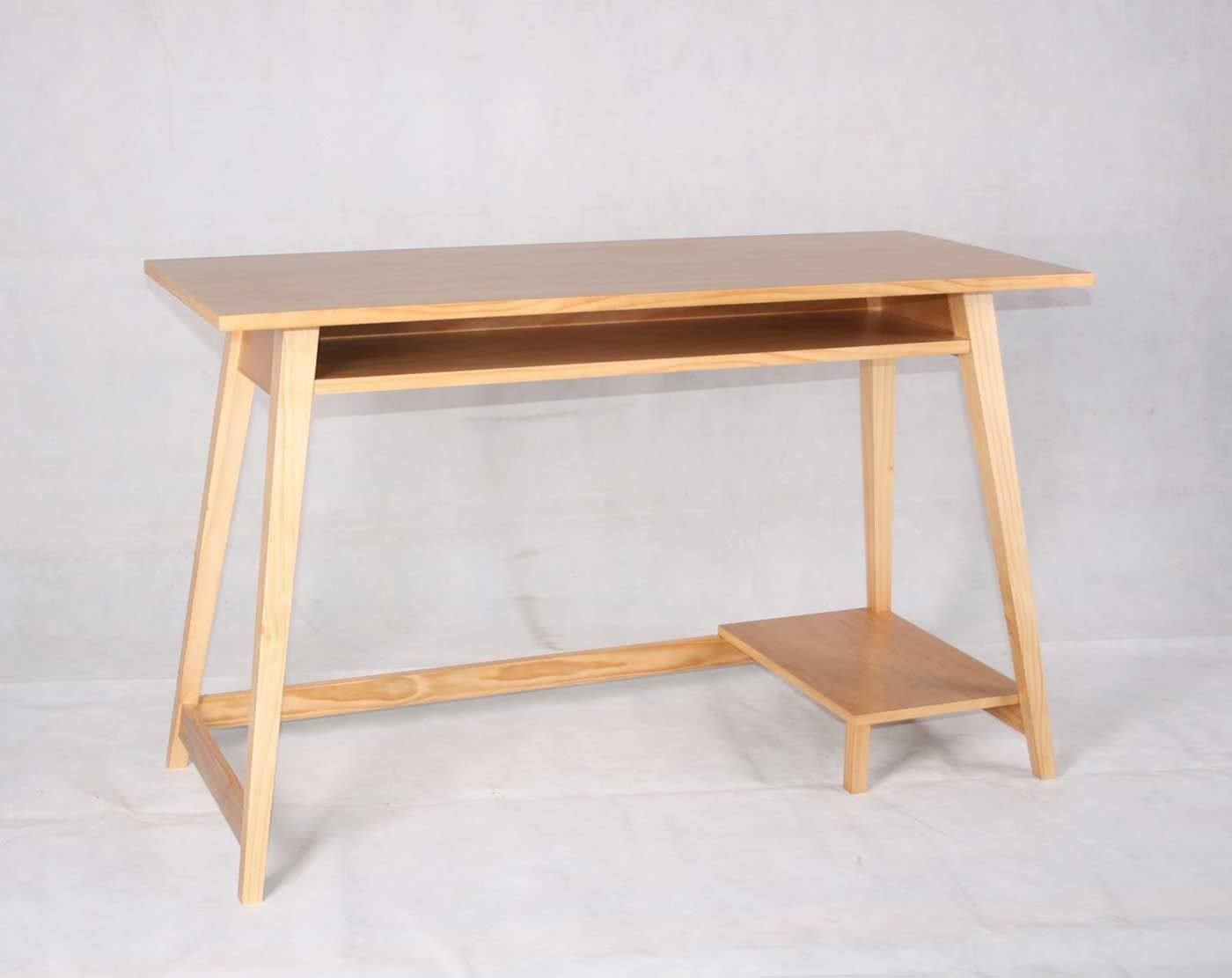 Compact and Simple wooden computer table | Woodworking desk ...