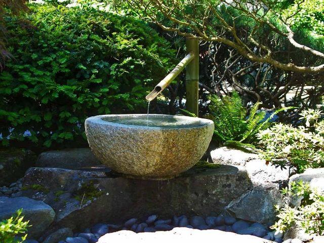 Wasser Im Garten : Bambus brunnen wasser garten ideen naturstein becken decoración