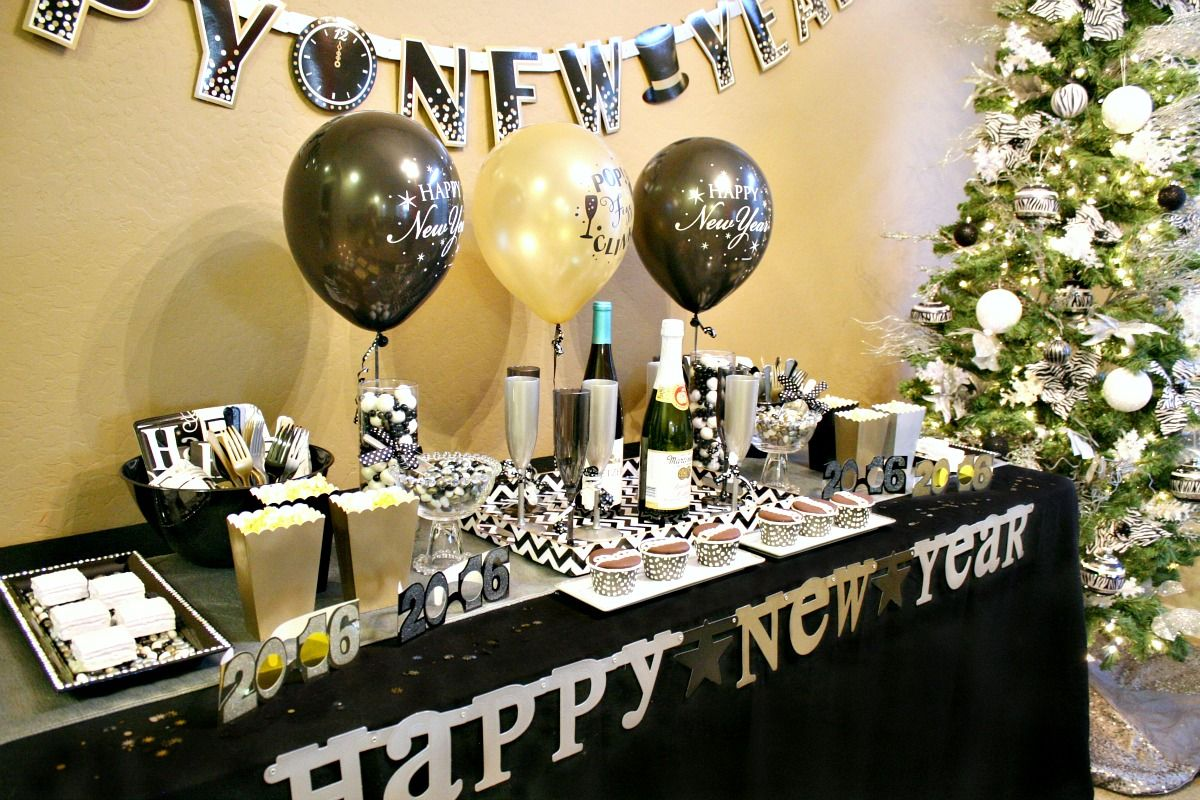 Top 10 New Years Eve Party Decor Ideas for 2019 | New ...