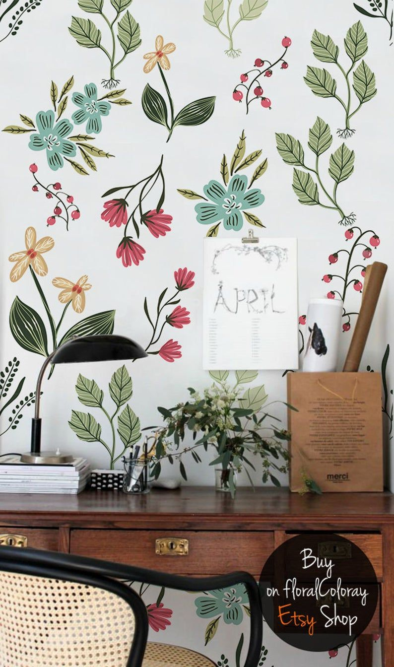Beeren Und Blumen Tapete Fruhlingsblumen Tapete Etsy In 2021 Vintage Flowers Wallpaper Flower Wallpaper Spring Flowers Wallpaper