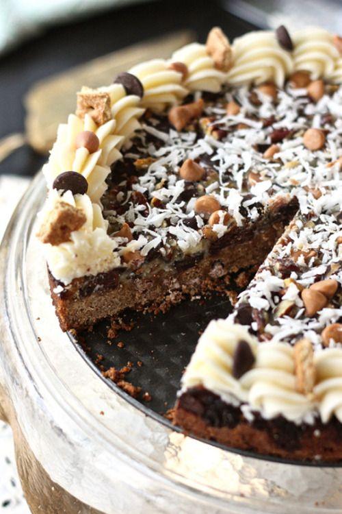 foodsforus:    Seven Layer Bar Cookie Cake