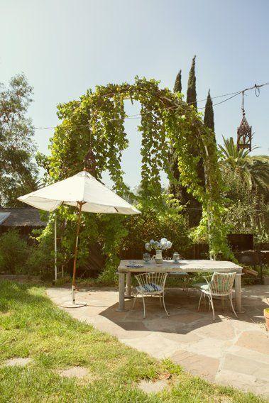 Erin  Nathan\u0027s Collaboratively Creative Bungalow  Backyard House