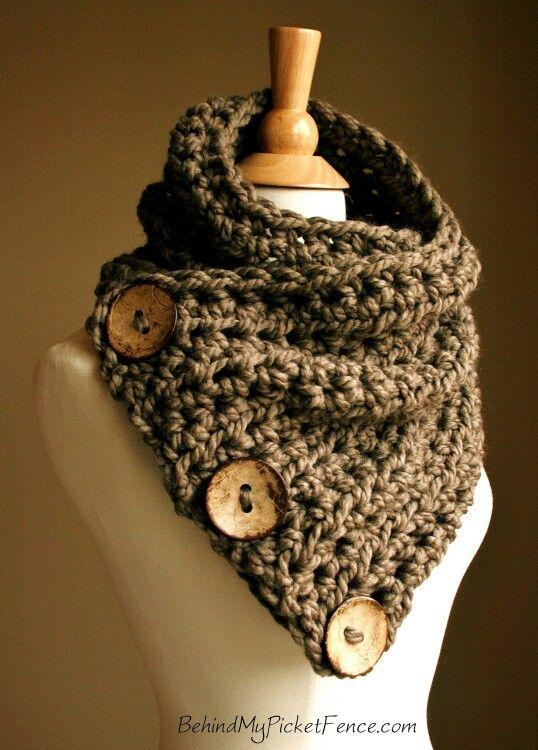 Dark brown triple button scarf