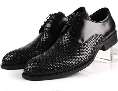 negozio di scarpe da uomo: marca adidas, brand
