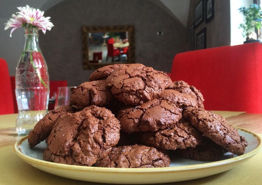Salted brownie cookies! Biscotti brownie! #cioccolato #cosebuone #fattoincasa #chocolate #cookies #brownie #homemade #baking #foodporn #yummy #ilovecookies #ilovechocolate