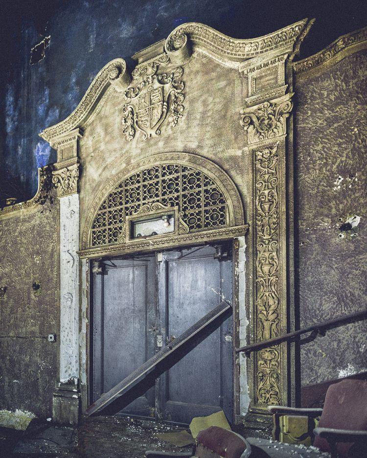 AbandonedNYC_Abandonend_Movie_Theater_Brooklyn_Will Ellis