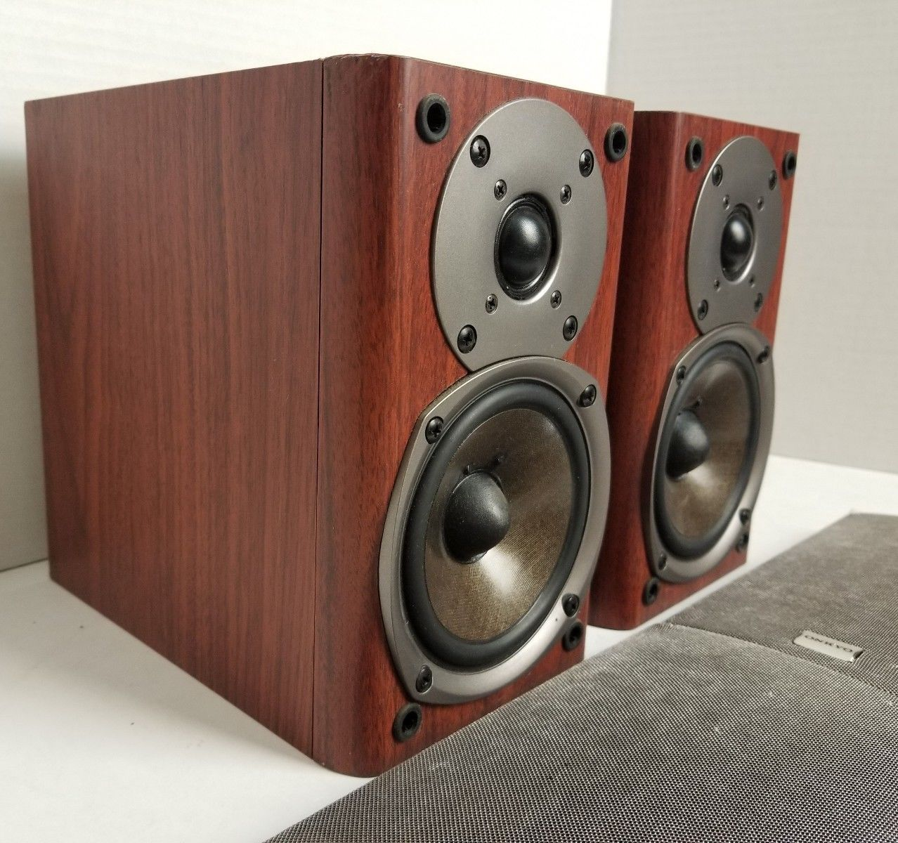 Onkyo DN3XA 70W Bookshelf Stereo Speakers Stereo