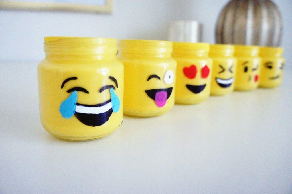 Emoji Mason Jars Mason Jar Diy Projects Mason Jar Gifts Easy Crafts For Teens