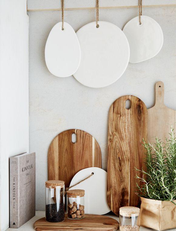 k chenbretter sch ne wei e keramikbrettchen fast wie von hand gefertigt f r fr hst ck oder. Black Bedroom Furniture Sets. Home Design Ideas