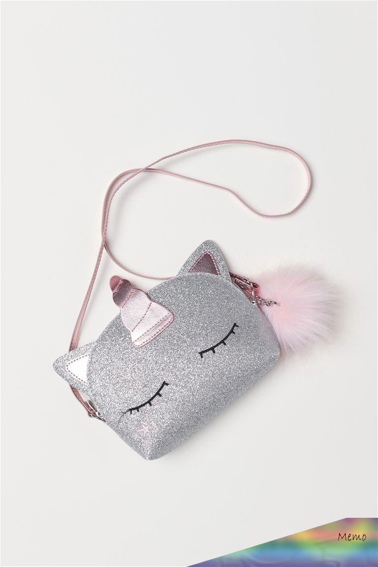 This Pin Was Discovered By Nikita Discover And Save Your Own Pins On Pinterest En 2020 Sac Licorne Sac Modeles De Sac