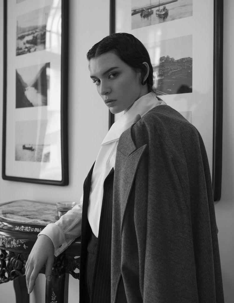 BACK IN TIME / JESSICA GROSSMANN | MONOCHROMATIC | Fashion