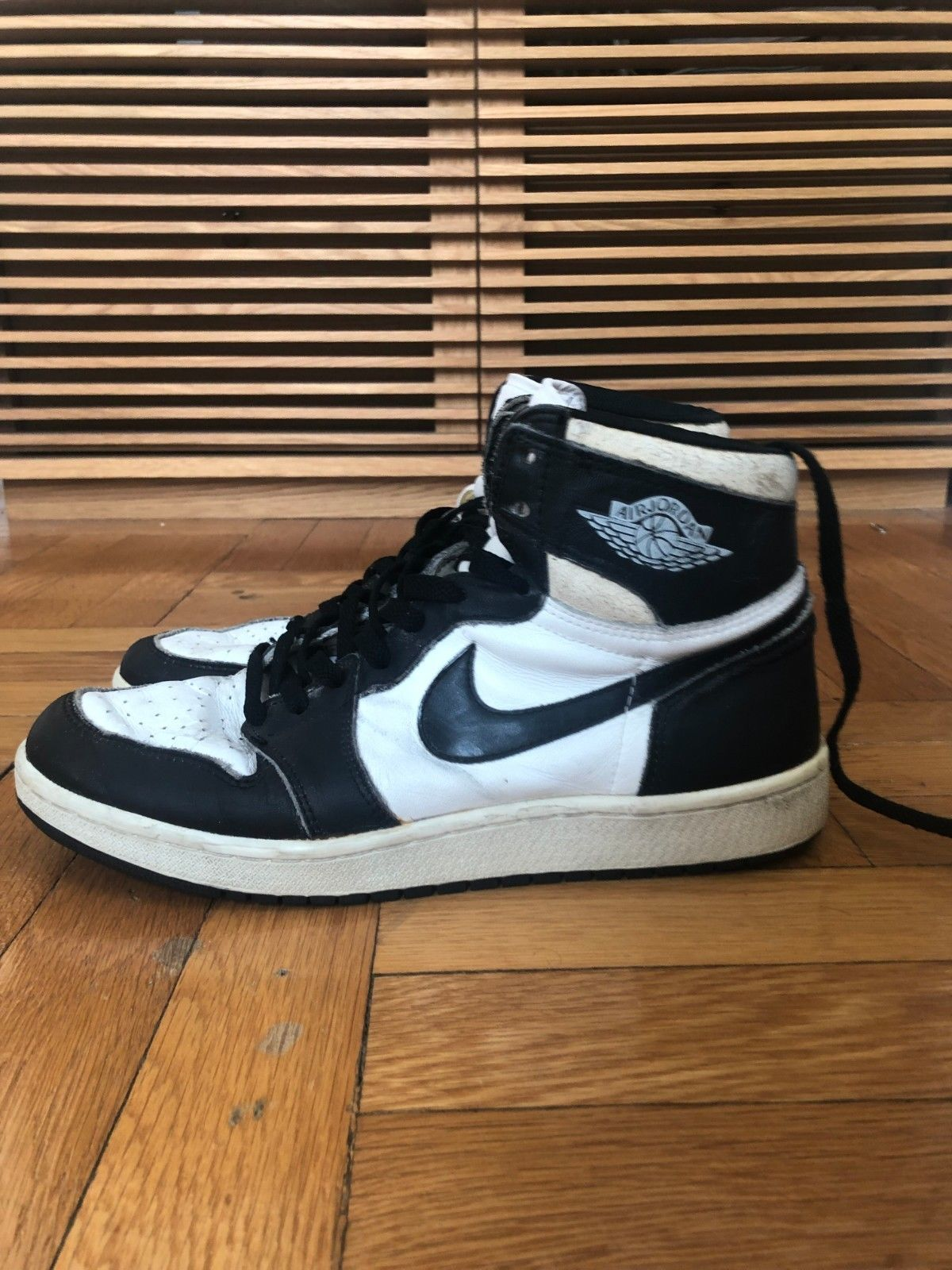 purchase cheap ac4b8 a19a3 Nike Air Jordan 1 White  Black 1985 Size 11 OG Vintage