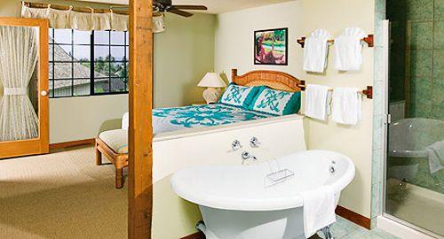 Love The Bathtub. Master Bedroom And Bath At The Wyndham Kona Hawaiian  Resort