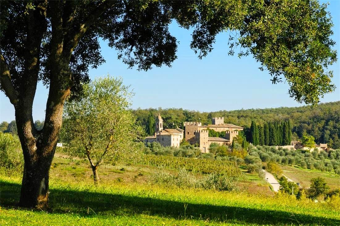 COCOCOZY: $35 MILLION DOLLAR MEDIEVAL ITALIAN CASTLE