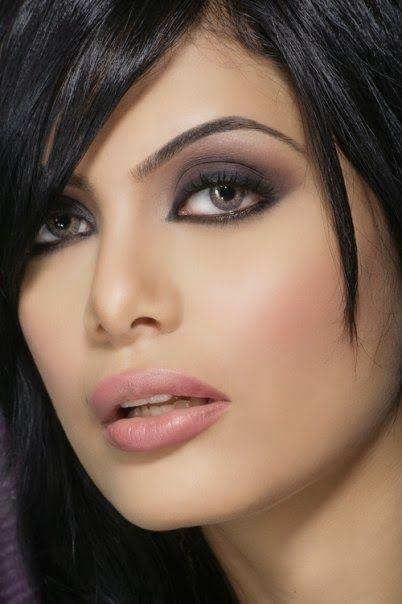Beautiful women most iraqi Jwana Karim