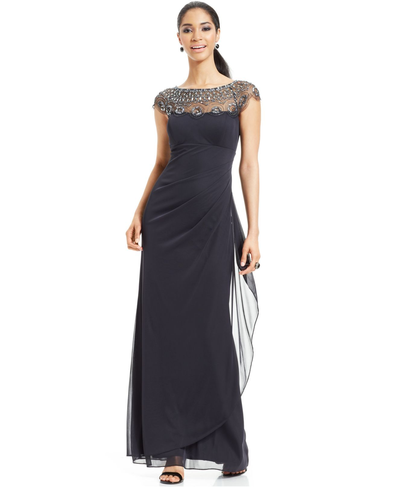 Xscape gray capsleeve illusion beaded gown taille robes