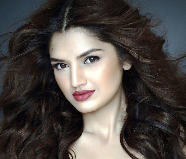 Love Games Actress Heroine Alisha Ashtana Real Name Tara Alisha