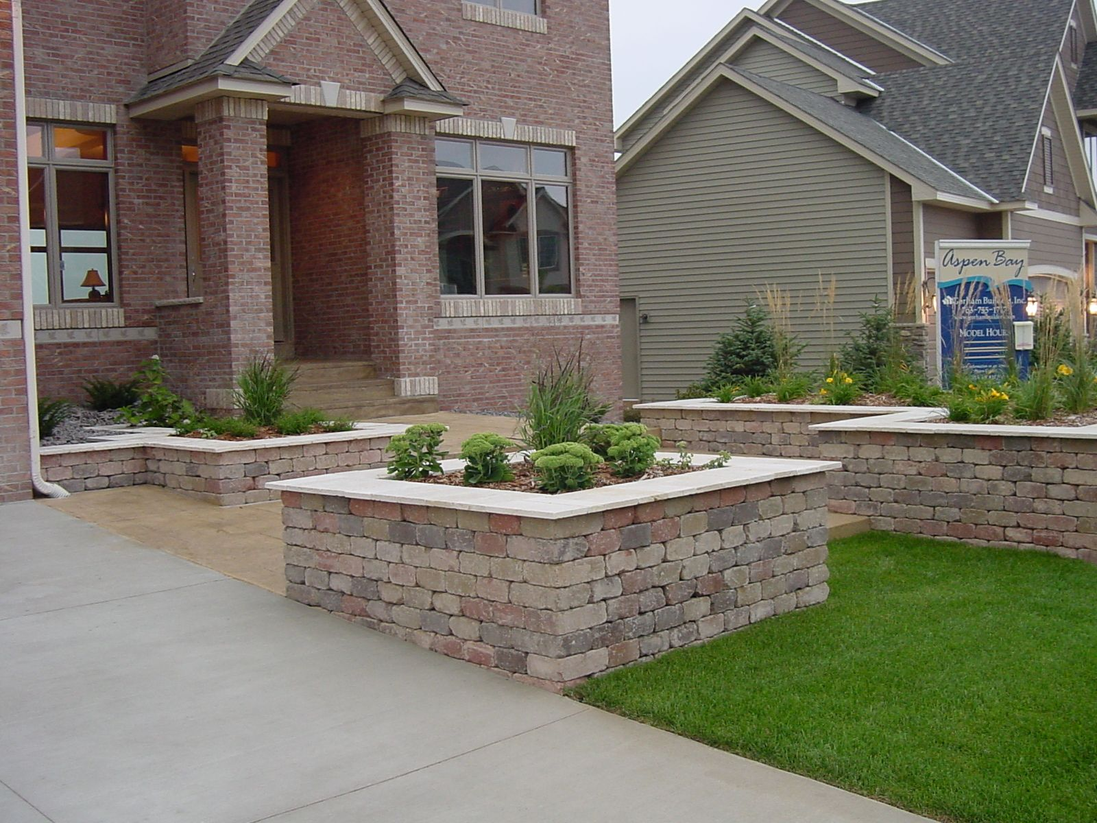Landscape ideas for sloped areas in shade - Hardscape Ideas For Slopes