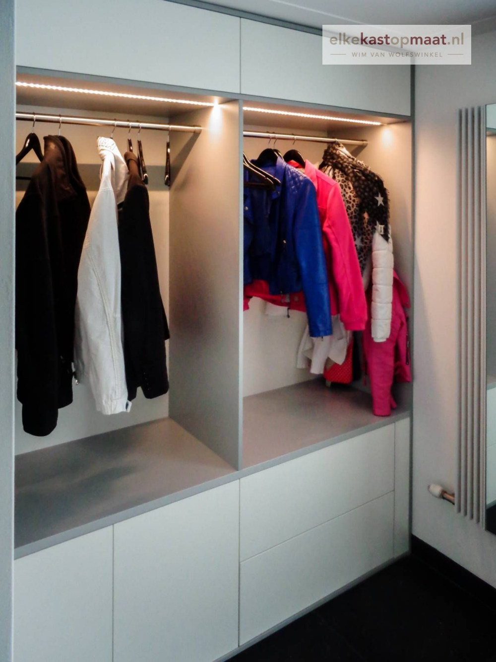 Verwonderlijk Garderobe met verlichting. #Inbouw #Garderobe op #maat laten maken OR-07