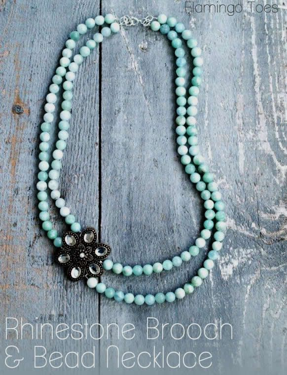 Rhinestone Brooch and Bead Necklace Tutorial - this is a perfect necklace for beginners!