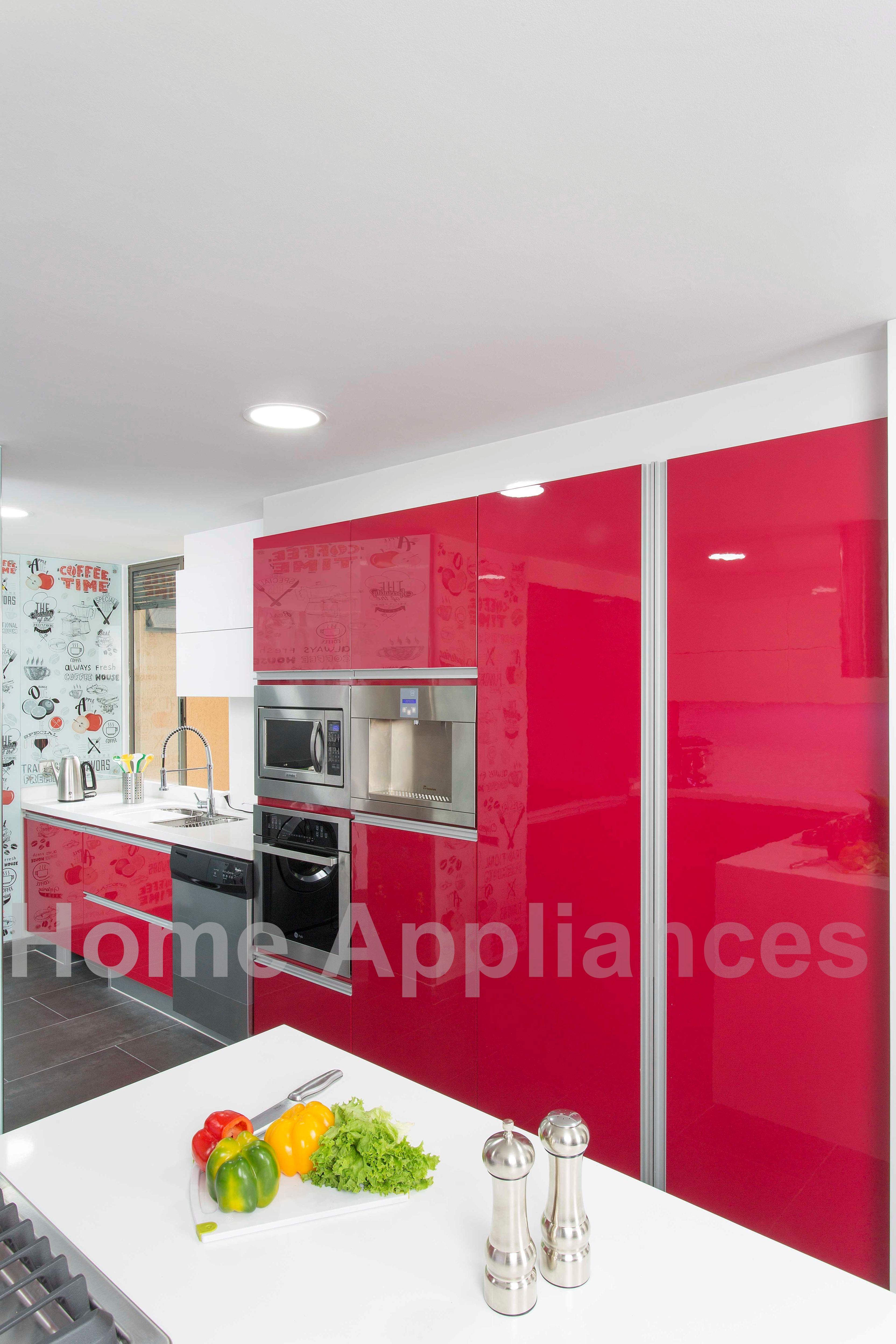 Centro de Diseño Floresta LC 26 #cocina #cocinas #roja #kitchen #art ...