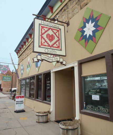 Heartsong Quilts Quilt Shop Displays Quilt Stores Barn Quilts