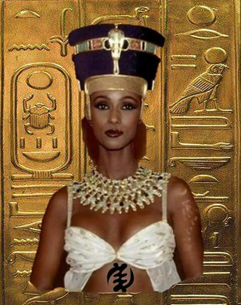 Iman of Somalia: inspired by Queen Nefertiti | Queens in