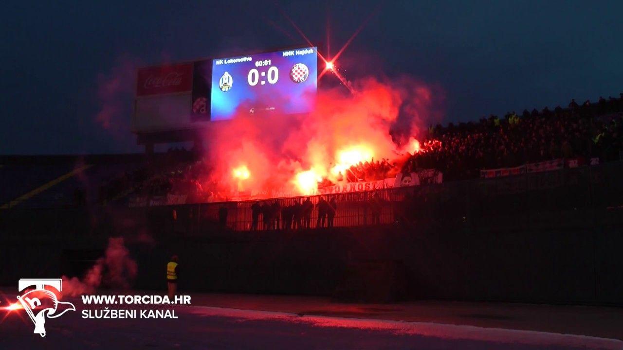 Torcida Split Nk Lokomotiva Zagreb Hnk Hajduk Split 0 2 19 Kolo Ht Hnk Hajduk Split Splits Zagreb