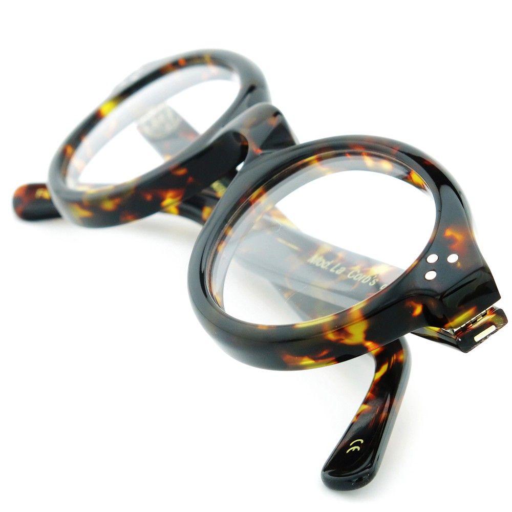Different types of glasses http://amazingoffersanddeals.blogspot.com ...