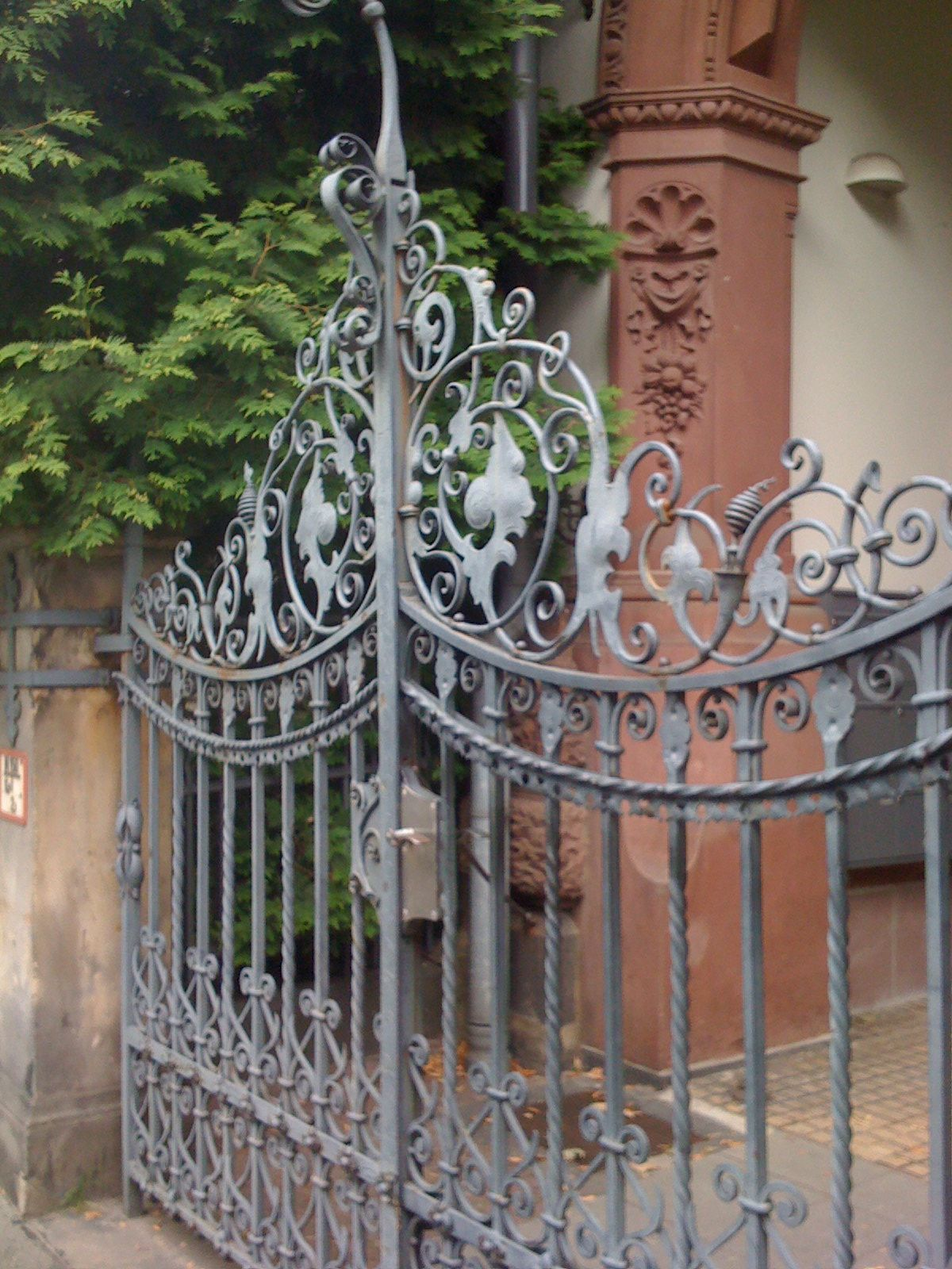 Wrought Iron Gate In Hanover Germany Wrought Iron Driveway Gates Metal Garden Gates Wrought Iron Gates