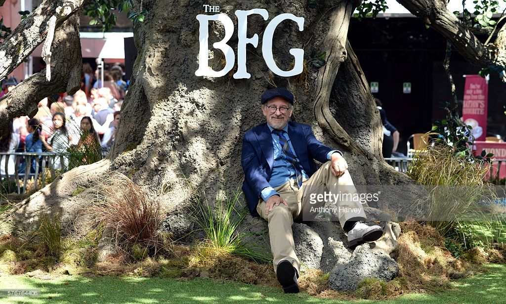 Photos and Premium High Res Pictures | Steven spielberg ...