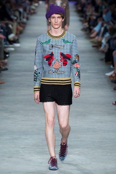 Sfilata Moda Uomo Gucci Milano - Primavera Estate 2016 - Vogue ... 72feb49ada45