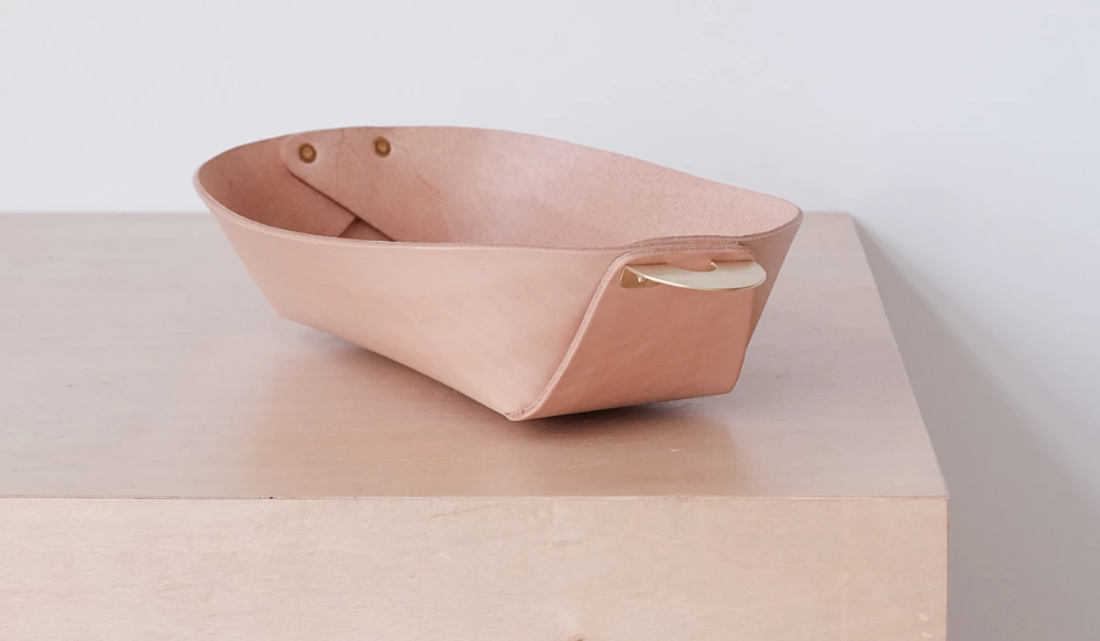 AEM Leather and Brass Catch-all Bowl: Natural - Spartan