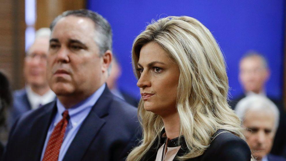Erin Andrews Awarded 55 Million In Lawsuit  Raising Awareness  Erin,Rews, Sports Presenters, Fox News Hosts-4956