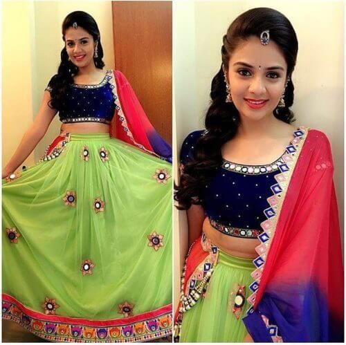 Side Swept Puff Hairstyle For Ghagra Choli Lehenga Style Saree Lehenga Choli Fashion