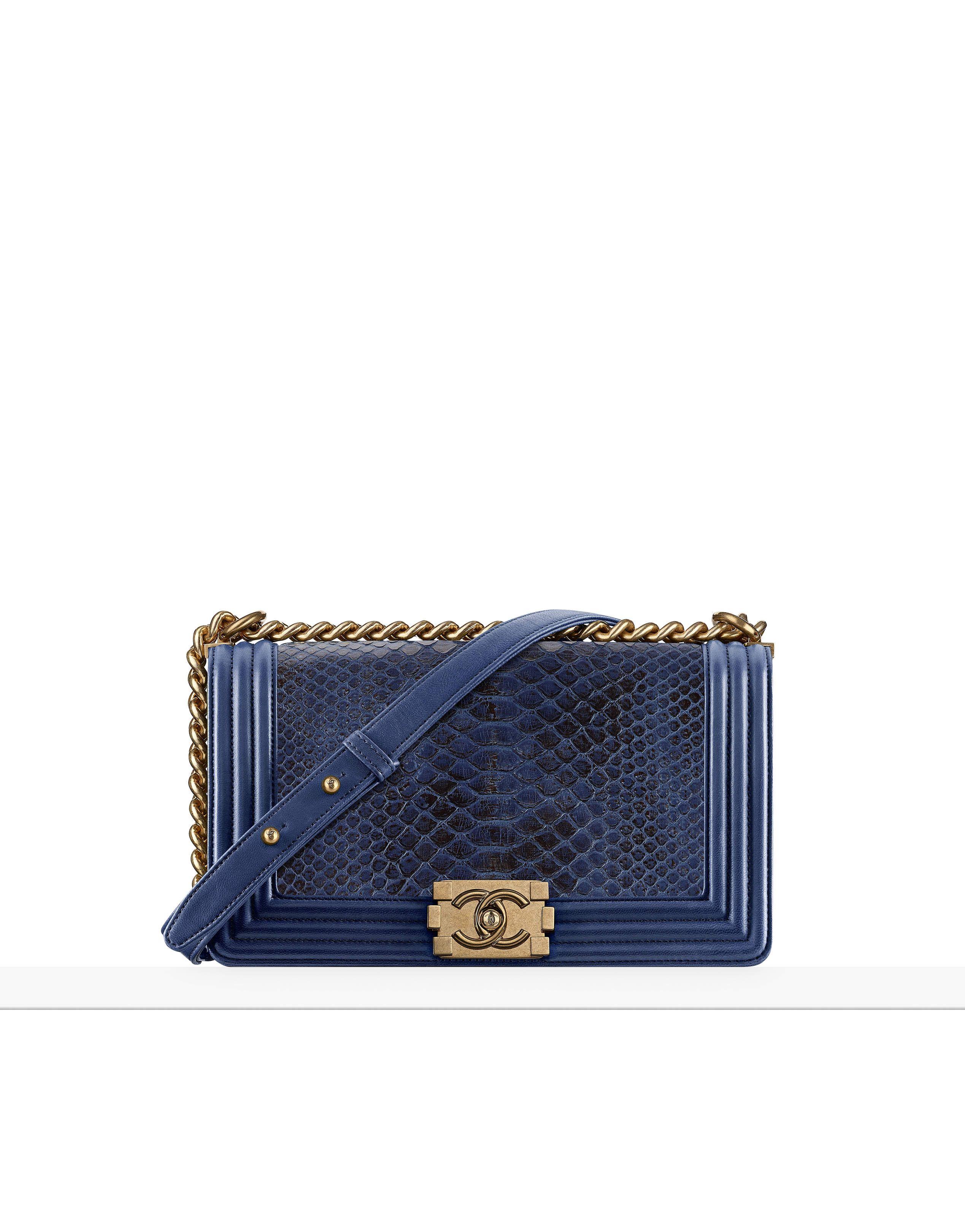 A coleção Bolsas no site oficial CHANEL   Chanel Bolsas   Pinterest ... 6eb1bea83e
