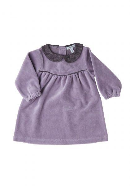Kvalitet: 80% bomull, 20% polyester Dusty lavendel Janet kjole fra Mini A Ture i en myk velur.Kjolen har en krage i en Printet stoff.Små knapper på baksiden.