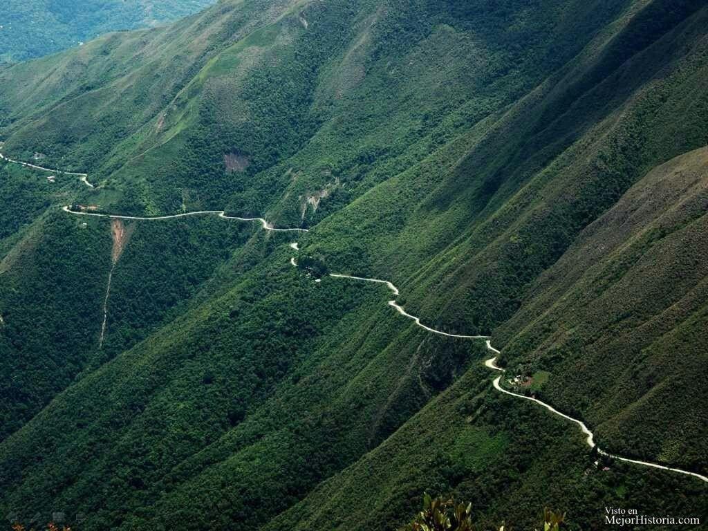 Camino de la muerte: o camino a los Yungas es una ruta de Bolivia de ...