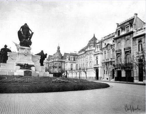 El Palacio Pereda , hoy Embajada de Brasil ,a su lado ,sus extintas y fabulosas…